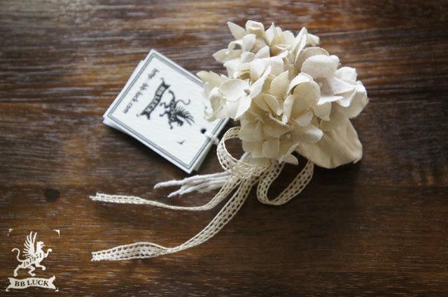 mochaさま 予約品 corsage 【 布花コサージュ * hydrangea , camomilet & eucalyptus 】