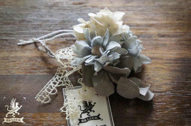 mochaさま 予約品 corsage 【 布花コサージュ * hydrangea 、marguerite  &  eucalyptus  】