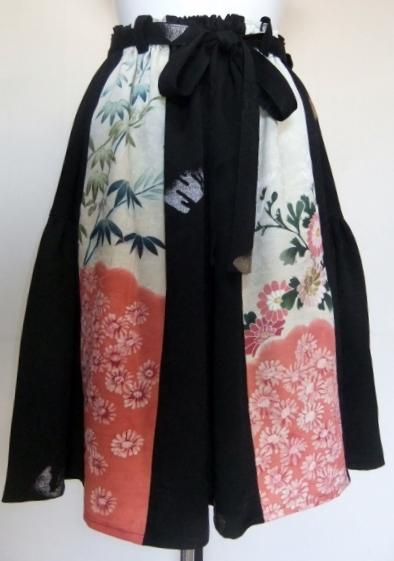 着物リメイク 花柄と漆織りの着物で作った膝丈スカート 1432