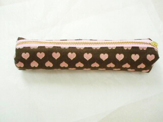 ピンクのハートのペンケース(ショコラ)