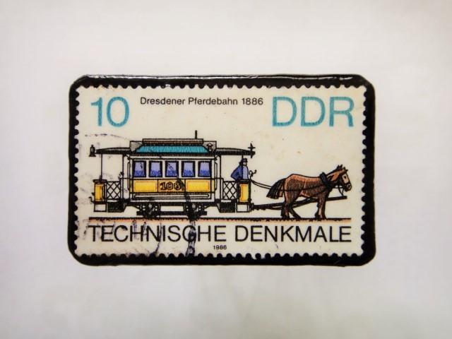 旧東ドイツ 馬切手ブローチ1112