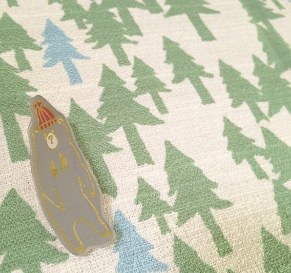 【再販】冬のおでかけマレーグマさんブローチ(2色)【送料無料】
