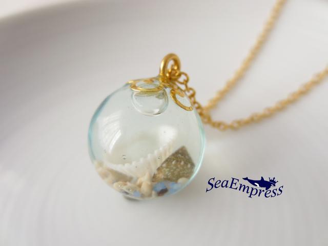 貝殻と透明な海の玉*レジンネックレスNo.16