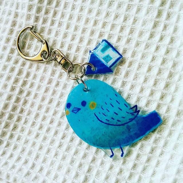 ぷっくり青い鳥とおうち プラ板キーホルダー