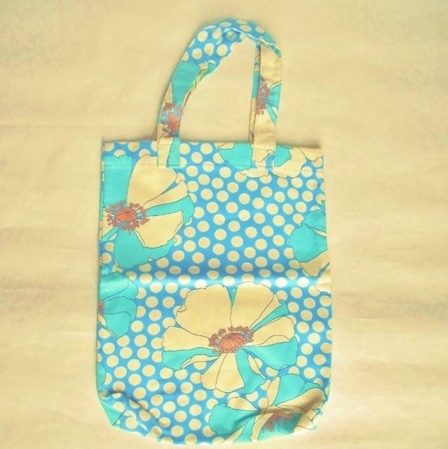 タテ型花柄トートバッグ/ショッピングバッグ