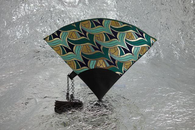 西陣織 金襴 扇形クラッチバッグ 燕矢紺地 プロトタイプ