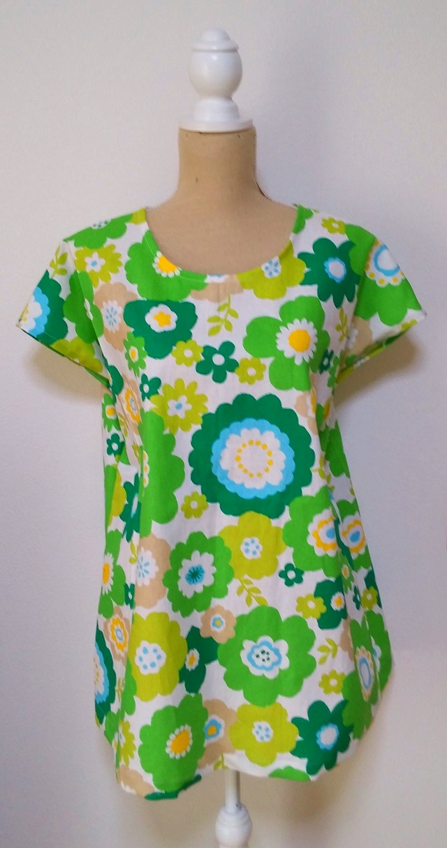 no48*simple*tunic  green field of flowers1点限定