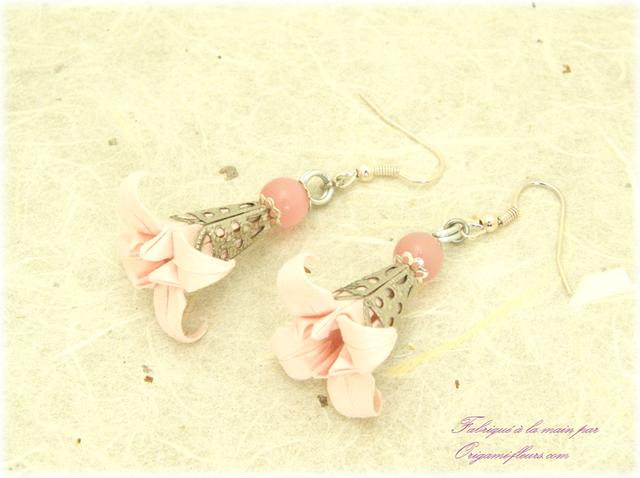 オリガミピアス・桜(Sakura Iris I3CAr)