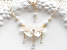紫陽花 white wedding necklace