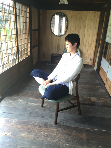 椅子をあぐらで楽しむ【アウトレット価...
