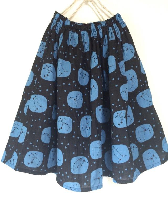 星座柄ギャザースカート:ふんわりダブルガーゼ:ブラック