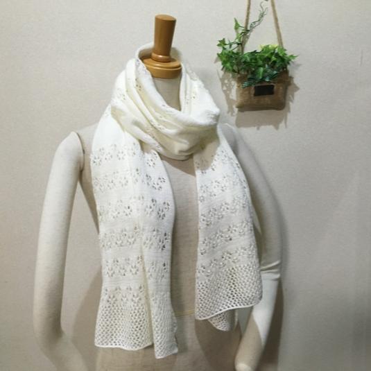 透かし編みストール ホワイト