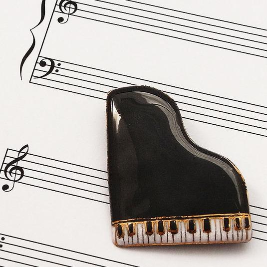 七宝焼ブローチ ピアノ(黒)