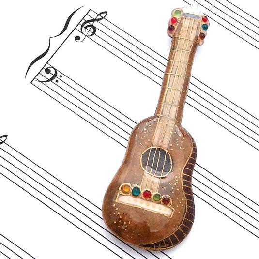 七宝焼ブローチ ギター