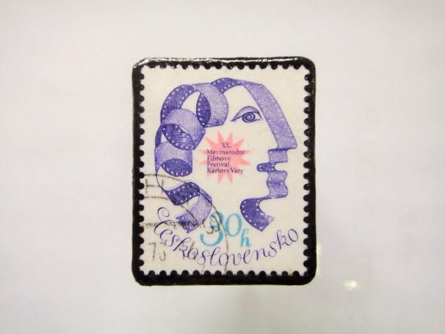 チェコスロバキア 切手ブローチ1136