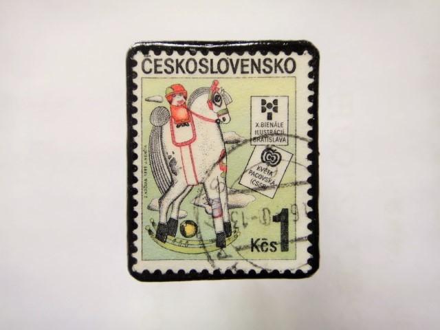 チェコスロバキア 切手ブローチ1147