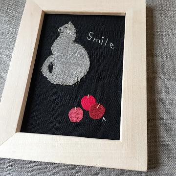 猫刺繍イラスト額入り『Smile』