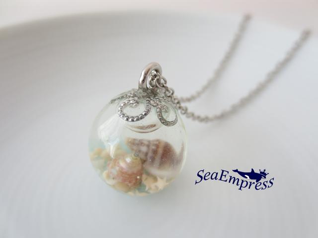 貝殻と透明な海の玉*レジンネックレスNo.31