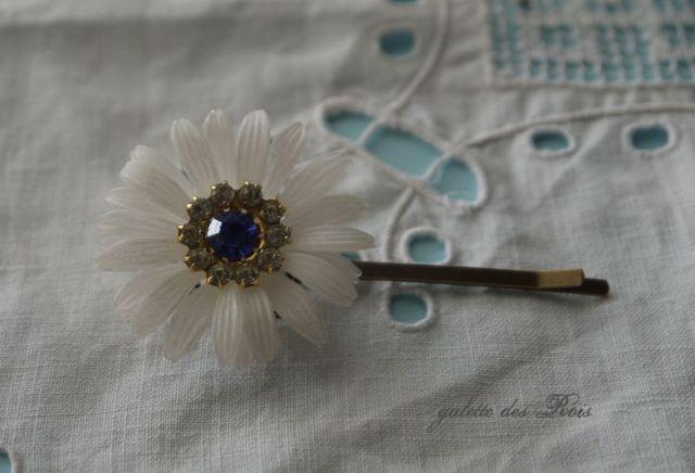 アンティークお花のヘアピン サファイア