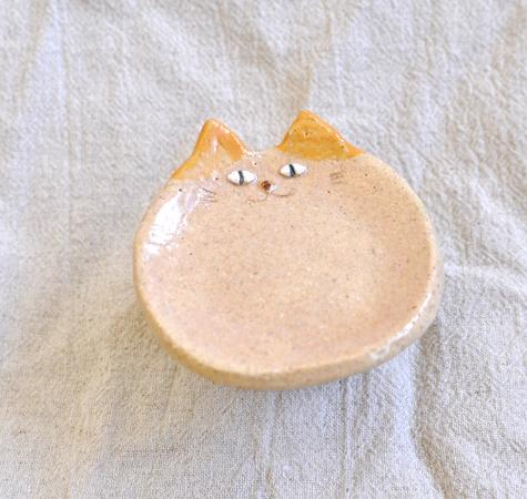 はちわれの小皿 〜オレンジ〜
