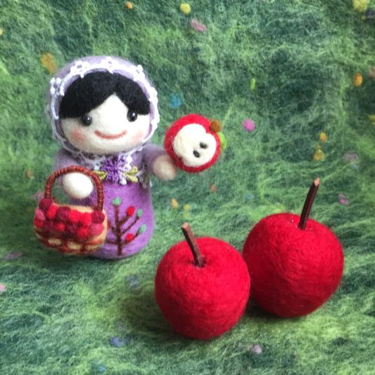 羊毛フェルト りんごとマトリョーシカセット