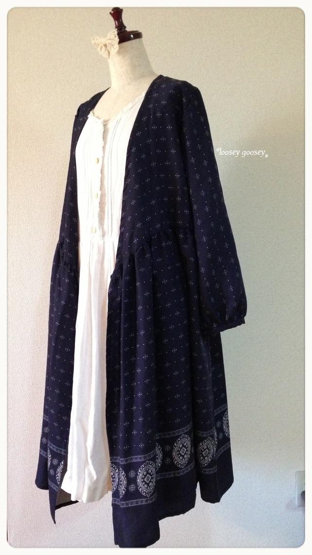 リボン結びの羽織りワンピース/ペイズリー柄/濃紺