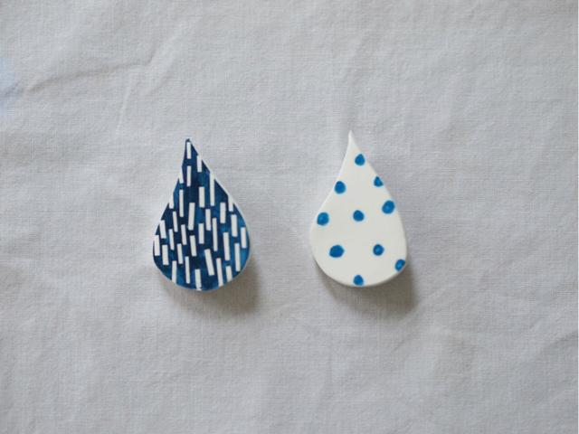 6月、雨粒のブローチ/大