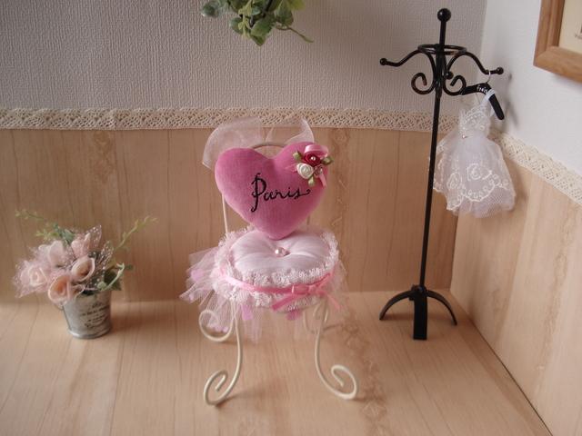 ピンクッション 椅子型(Paris)