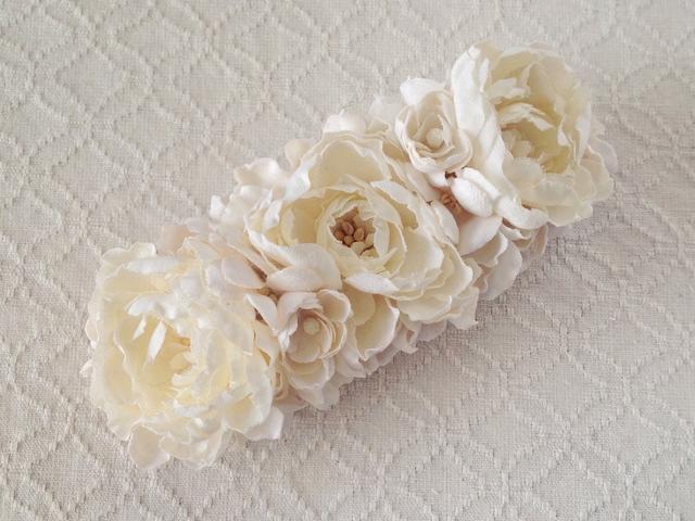 〈染め花〉野バラのバレッタ(オフホワイト)