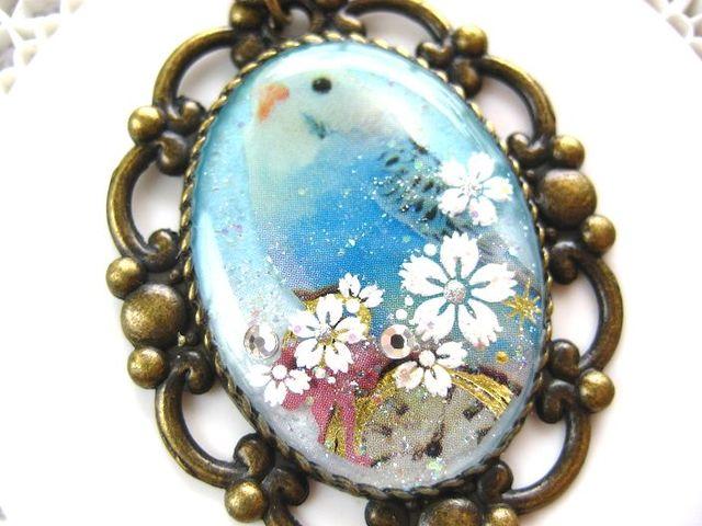 空色インコとお花のロングネックレス_79 s20 19p
