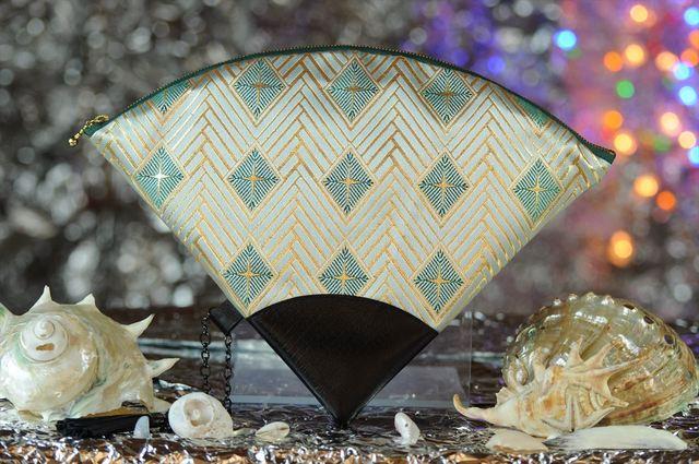 西陣織 金襴 扇形クラッチバッグ 菱重ね白茶地 プロトタイプ