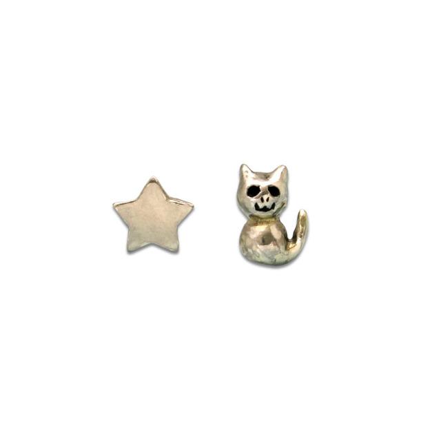 シルバーイヤリング★猫と星のスタッド...