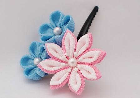 つまみ細工 3輪のお花 ピンク×水色