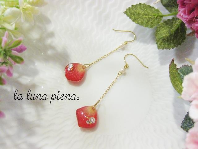 ◇k14gf◇ 薔薇の雫ピアス pearl