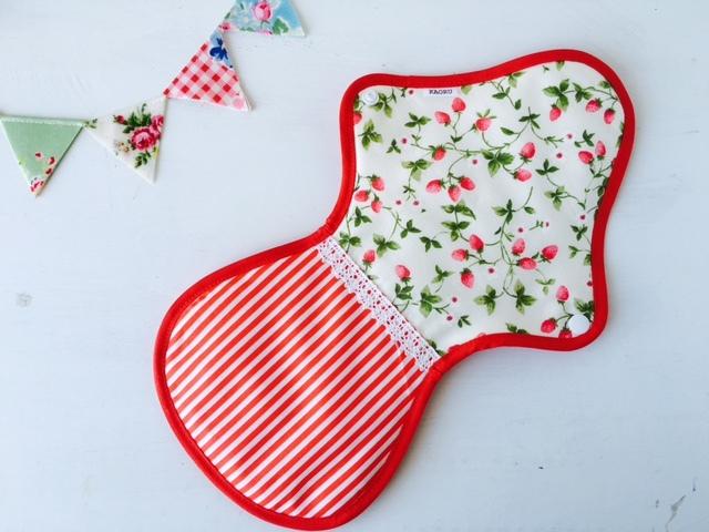 可愛い布ナプキン『赤苺』夜用LLサイズ