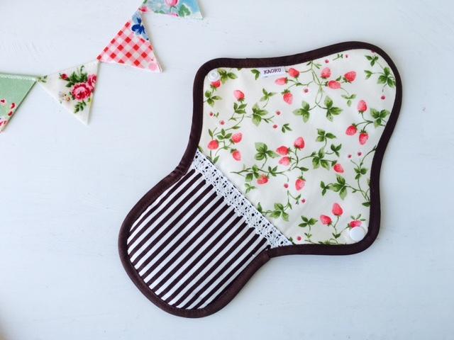 可愛い布ナプキン『茶苺』昼用Lサイズ