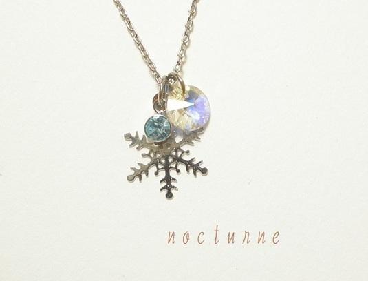 雪の結晶のネックレス〜silver~