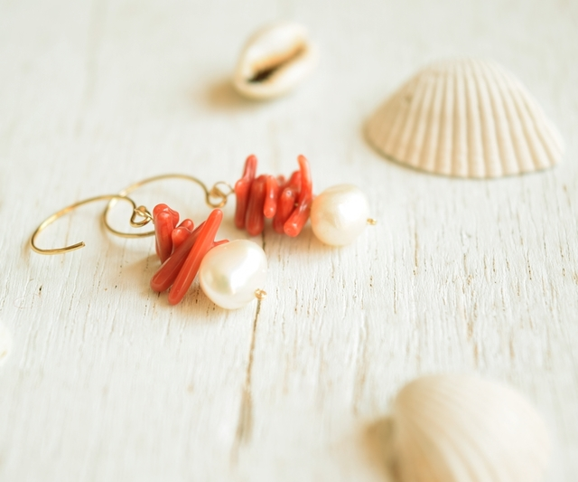 【14kgf】真珠とサンゴのピアス