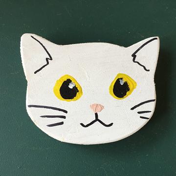 猫のマグネット『白猫』