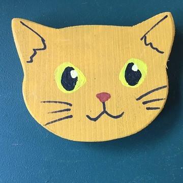 猫のマグネット『茶猫』