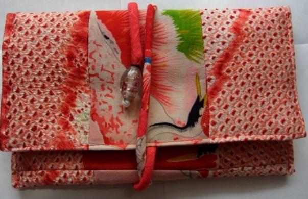 着物リメイク 長襦袢と絞りで作った和風財布 1552