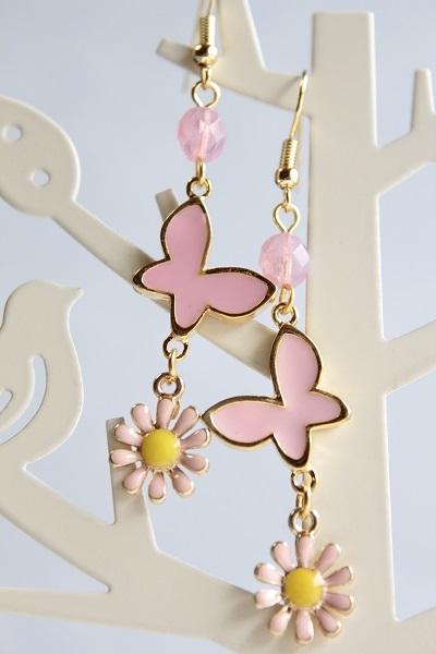 蝶と花のピアス(ピンク)