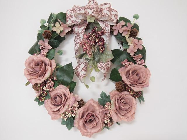 sawa-ya ~ コーラルピンクのバラの大輪リース