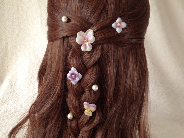 染め花を樹脂加工した小花のスパイラルヘアピンセット・パールUピン付(薄紫系?