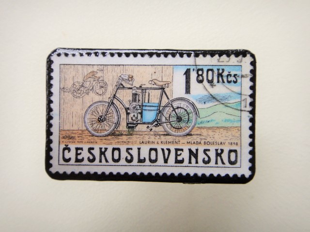 チェコスロバキア 切手ブローチ1264