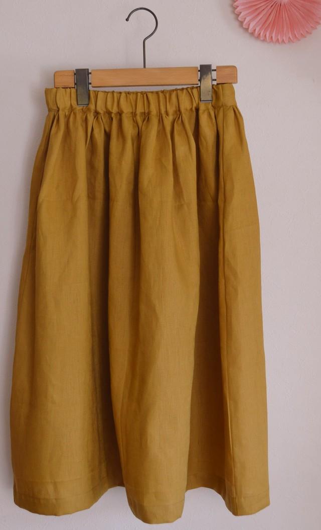 夏向け ミモレ丈スカート リネン からし色