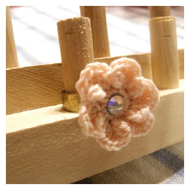 【ハピ☆デコロン】手編み花の指輪(薄ピンク)