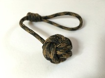 Monkey's Fist knot paracord keychain