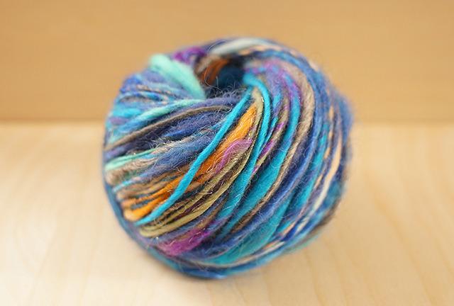 50g  -見習い魔女のペンダントトップ-   ニット 手芸用ひも 編み物 ブレスレット