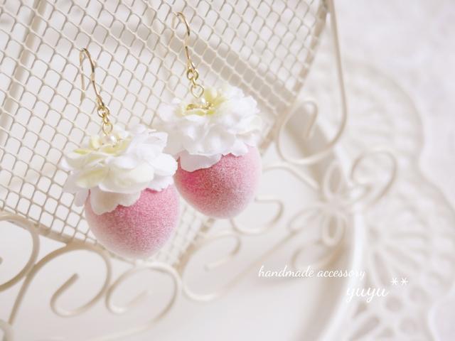 sweet peach flower イヤリング/ピアス ( ホワイト )